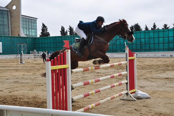 """""""Sarhadchi Cup"""" jumping show tournament will be held ."""